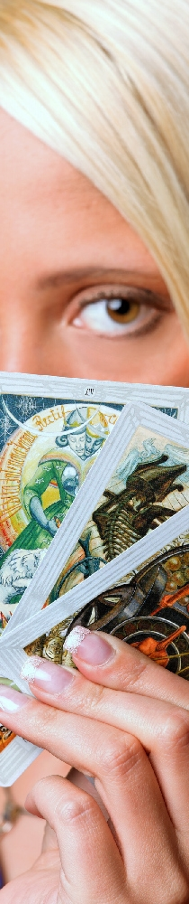 Tarot Readers And Psychics Available 24/7 For Readings And Chat